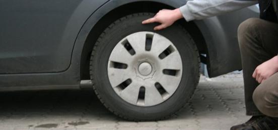 Метки для одной и той же модели шин имеют разные классы в зависимости от размера шины, индексов и омологации.